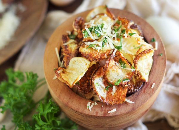 low-carb parmesan truffle chips